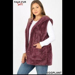 Plus Size Faux Fur Hooded Vest